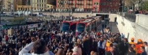 Terminus de la ligne 2 du tram de Nice à Port Lympia.