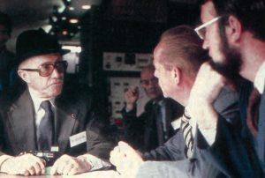 MM. Metzler et Dupuy en conversation avec « l'ancien », Fernand Nouvion. © CAV-SNCF-M. Henri