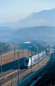 Dans le cadre de cette opération, des rames TGV Duplex seront transformées afin d'offrir 20 % de places supplémentaires. © Barberon/Photorail-SNCF