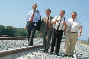 Le 8 juin, à Mondragon les dirigeants en bras de chemise, au kilomètre 95... © Sylvie FRAISSARD